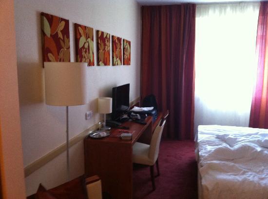 City Inn: Room
