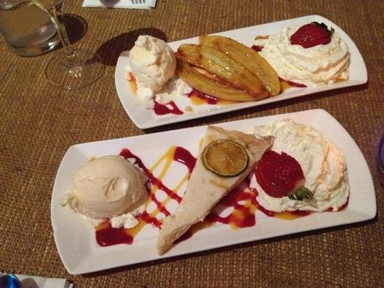 Voodooz Cajun Kitchen : key lime pie & caramalized banana