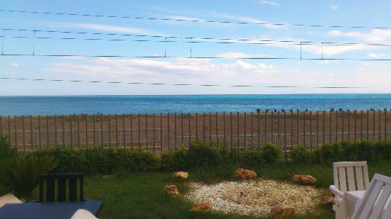 Grillo Hotel: vista dalla vetrata del ristorante