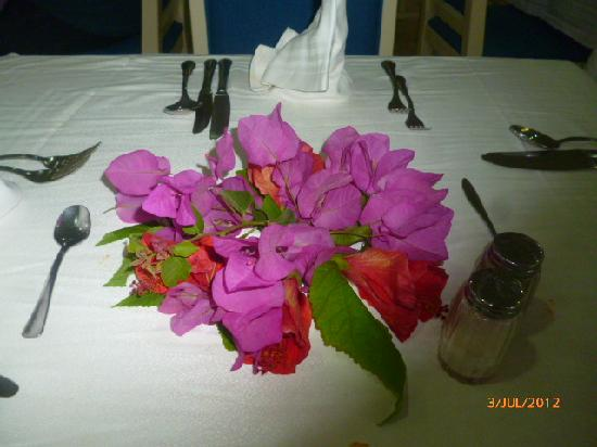 Marhaba Beach Hotel: Flowers, on table on are last day