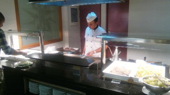 Astoria Park: Buffet ristorante
