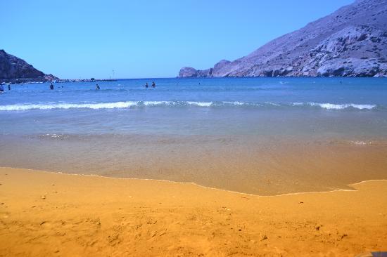 Dolphin Bay Family Beach Resort: Dolphin Bay Galissas beach
