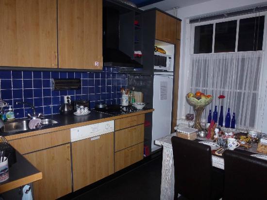 B&B Barangay: Fully stocked kitchen