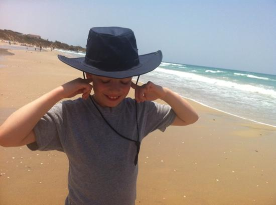 Hof Palmahim National Park: trying to focus on scent of the sea