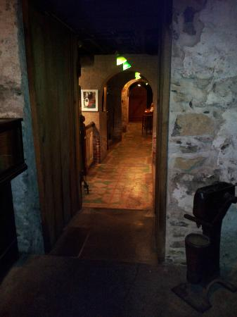 Catacombs at Bube's Brewery: Downstairs