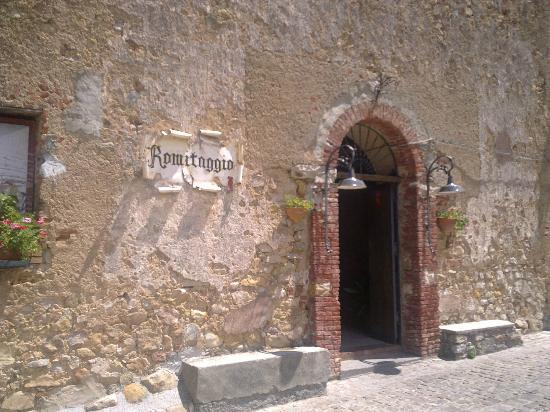 L'ingresso del ristorante Romitaggio