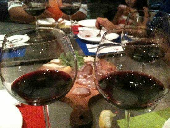 Tinderbox wine and deli shop: Red Wine
