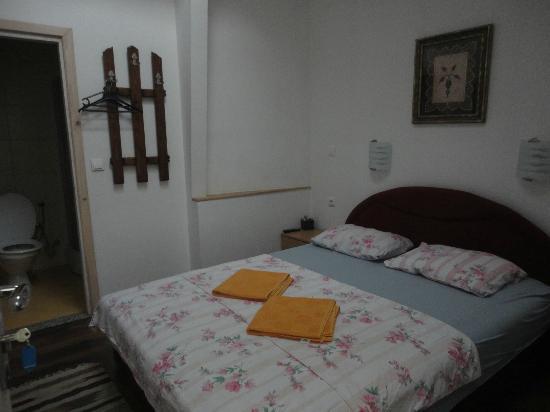 Hotel Yildiz Sarajevo : mis kokulu odamız