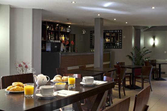 Kyriad Montpellier Est - Lunel : Bar