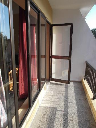 Hotel Los Helechos: Balcon de notre chambre 212 au 16 avril 2012.