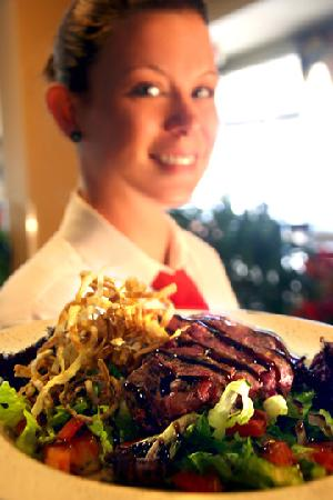 Seaside Bistro and Bar : Service at The SeaSide Bistro