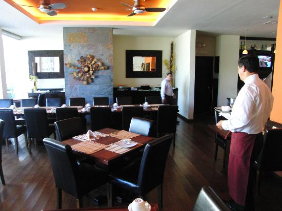Rincon del Valle Hotel & Suites: dining room