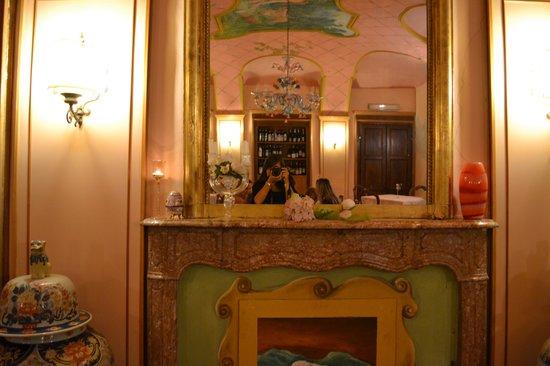 Кастаньоле-Монферрато, Италия: Sala del Crivello d'oro