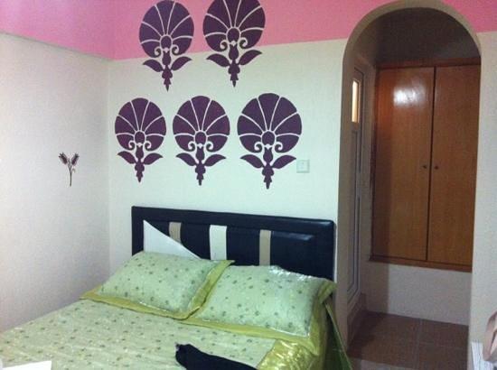 โรงแรมเออร์แคน อินน์: la camera dell'Ozturk pensyion
