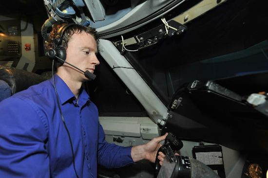 Jet Simulation LTD: You fly the aircraft!
