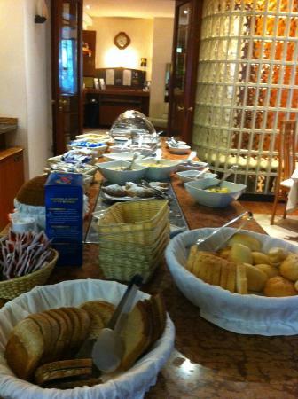 Hotel Excelsior: Buffet colazione