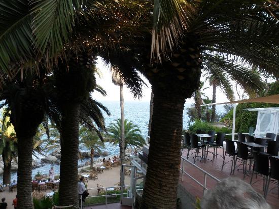 Bar Cala Banys : bar bord de plage