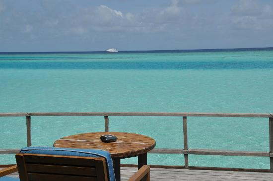 Anantara Dhigu Maldives Resort: View from water villa