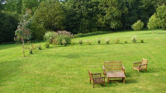 Le Petit Chatelier : Garden