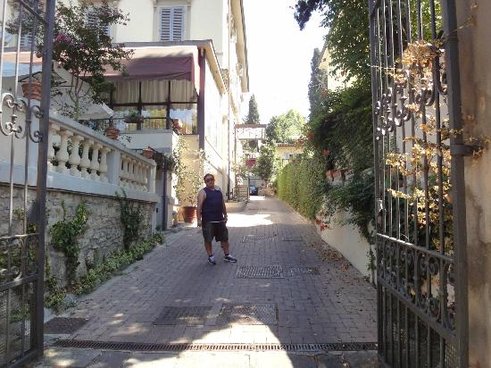 Villa Carlotta Hotel: Entrada a la Villa