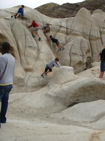 Hoodoos: Children must play