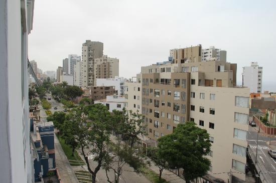 Hotel Runcu Miraflores: Vista desde la habitación