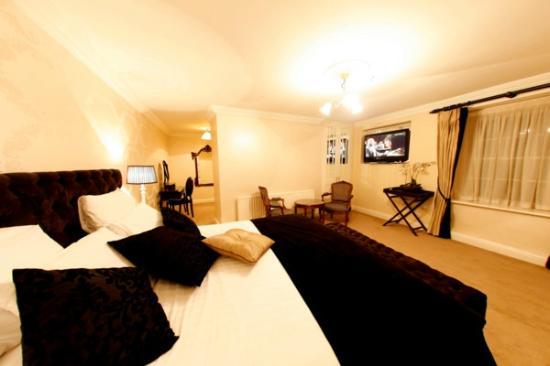 Dooly's Hotel: Bridal Suite