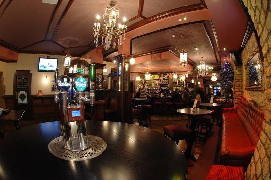 Teach Dolmain Pub & Restaurant