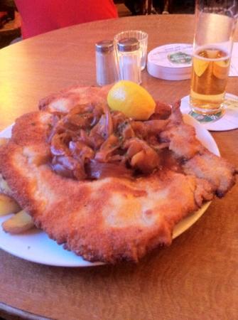 Gaststätte Bei Oma Kleinmann: schnitzel