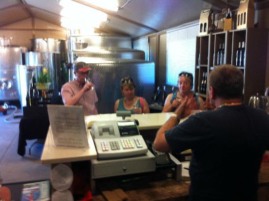 Kalala Organic Estate Winery : inside the winery