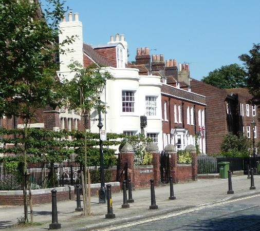 Charles Dickens' Birthplace: Dicken's birthplace