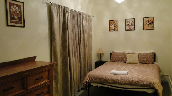 Weelaway on Gregory: bedroom2