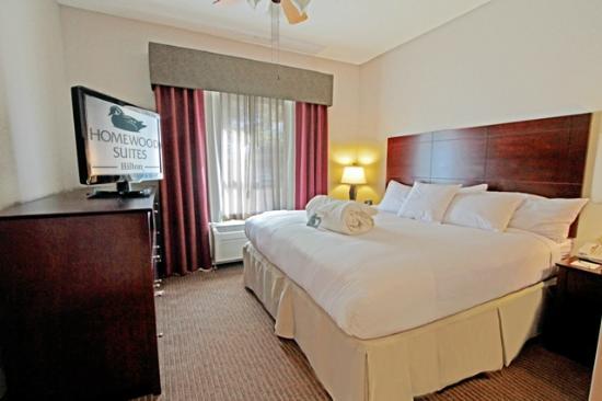 Homewood Suites by Hilton Bloomington: King