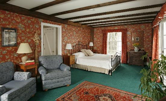 Chesterfield Inn: Room 12