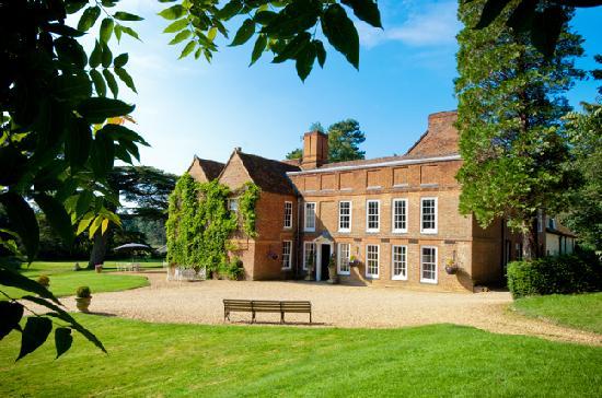 Hallmark Hotel Flitwick Manor: Flitwick Manor - External