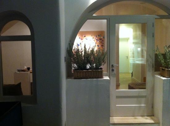 hotel terra maria, mykonos town. ingresso