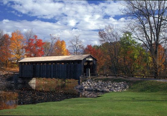 Charming covered bridges and scenic country roads makes for a fun-filled drive in Grand Rapids