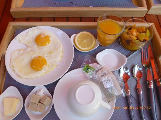 La Source : Quel petit dejeuner!