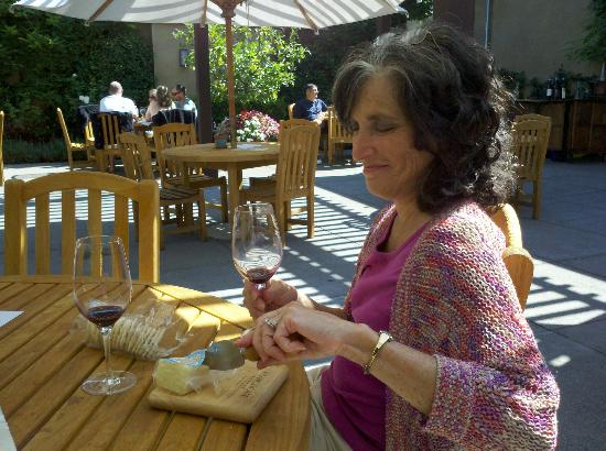 Franciscan Oakville Estate: A shady spot for cheese and wine