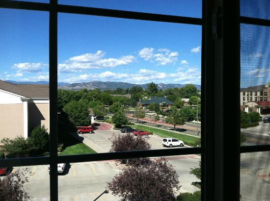 Homewood Suites by Hilton Fort Collins: View out of bedroom window from room 421