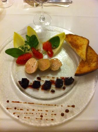 Hotel de France : foie gras et betterave