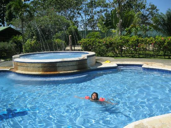 Haruhay Dream Resort: Swimming Pool