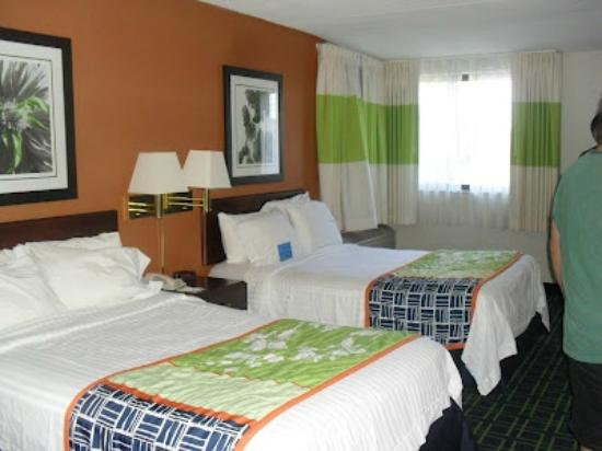 Fairfield Inn Boston Woburn/Burlington: nice comfy beds