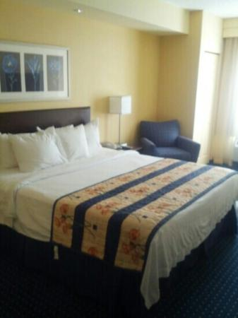 SpringHill Suites Charlotte Lake Norman/Mooresville: bed