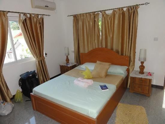 Villa Bananier: Schlafzimmer