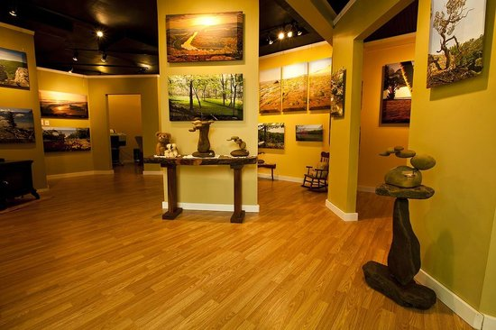 Berkeley Springs, Virginia Occidental: Art gallery at 6 Merrywoods Dr.