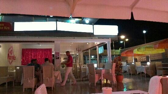 Restaurante Parrots: Parrots Gran Canaria. yumbo centre