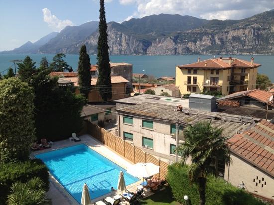 Hotel Garni Diana: Garda view