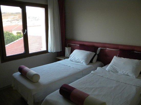 Hanedan Hotel