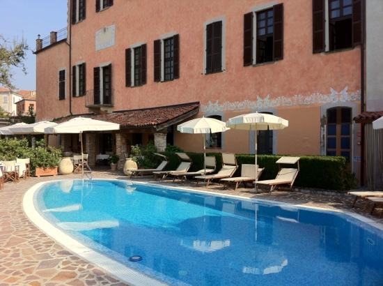 Sunstar Boutique Hotel Castello di Villa: der Pool
